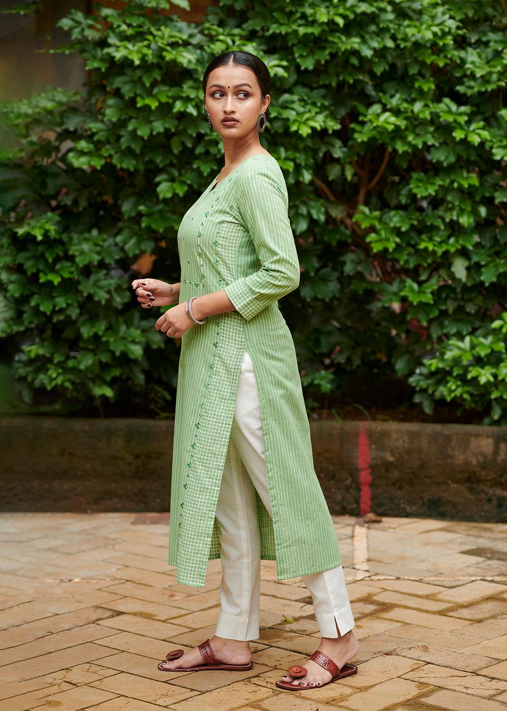 Sakhi - Green Embroidered kurta